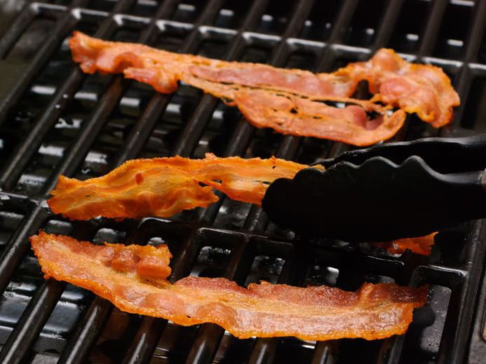 aid1356403-728px-grill-bacon-step-4-version-2